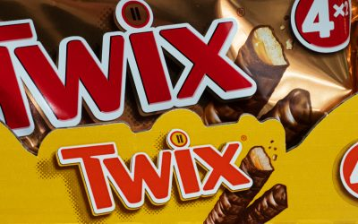Twix Launches Seasoning Blend, Encourages Use on Chicken Wings and More